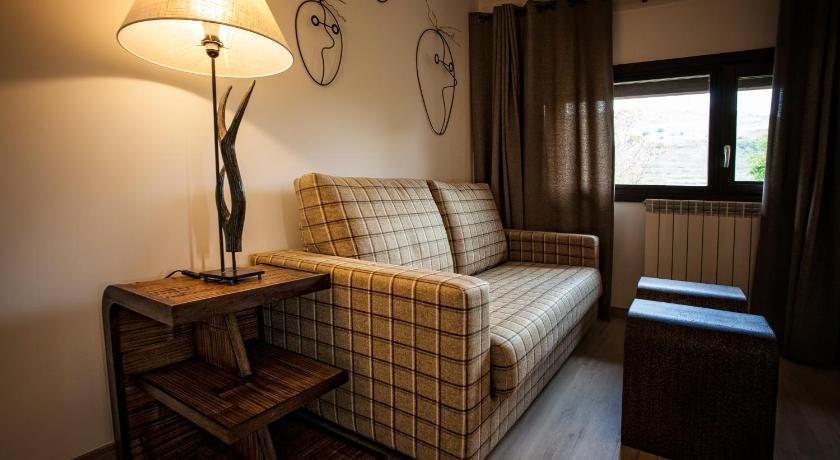 hoteles con encanto en valgañón  64