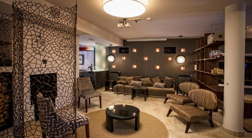 hoteles con encanto en valgañón  25