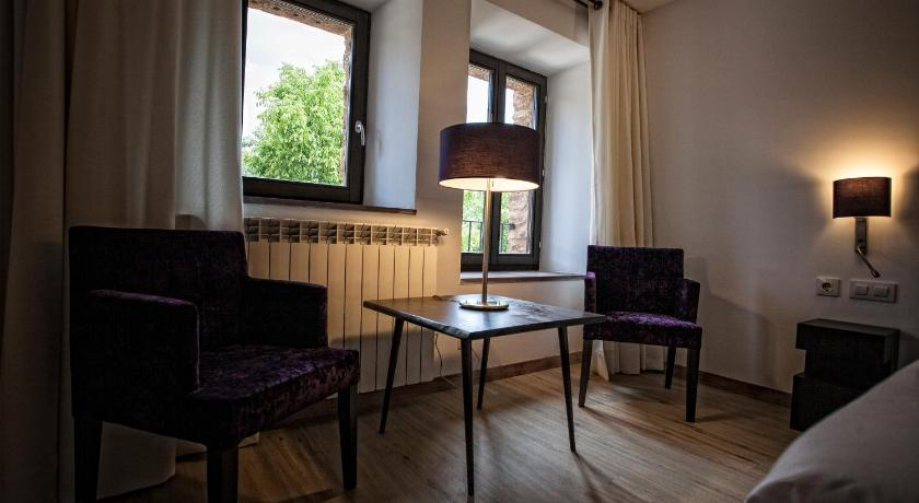 hoteles con encanto en valgañón  65