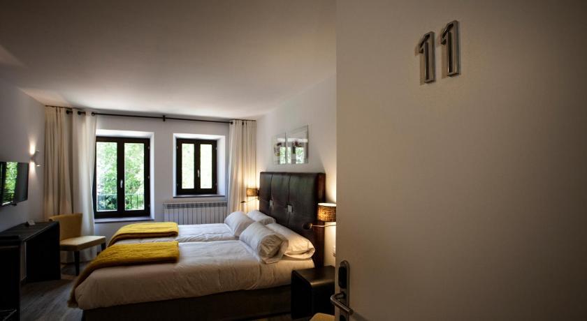 hoteles con encanto en valgañón  51