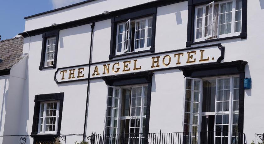 Entrance The Angel Hotel