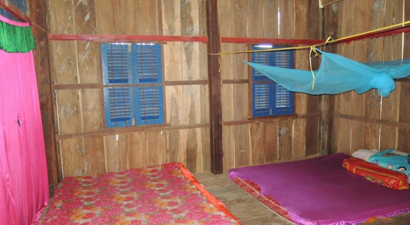 Bed in 10-Bed Mixed Dormitory Room - Bed Sun Khun Homestay