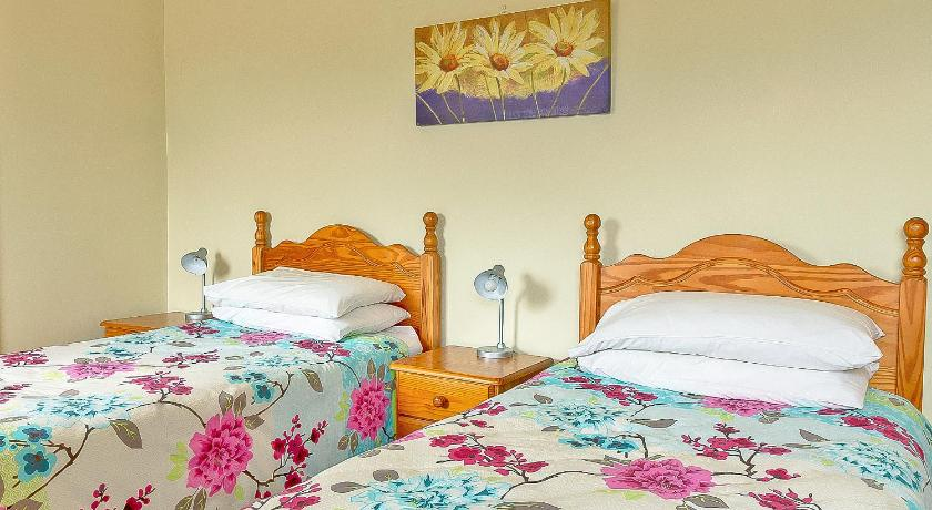 Twin Room Bluebell House B&B