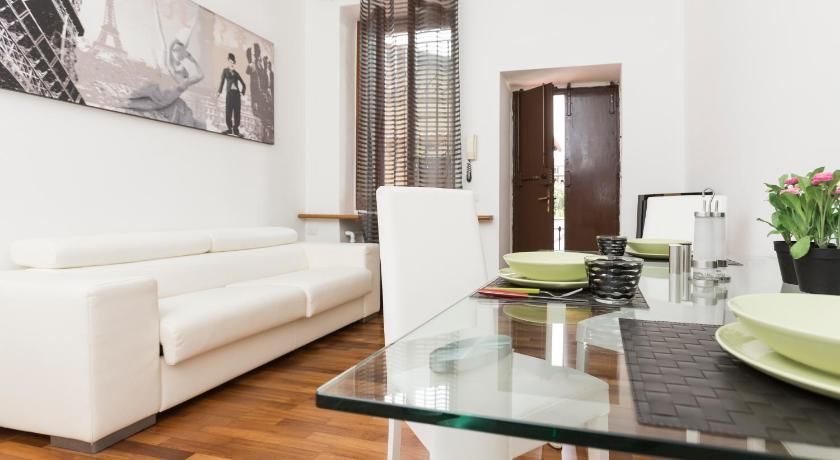 Marcantonio Dal Re Halldis Apartment