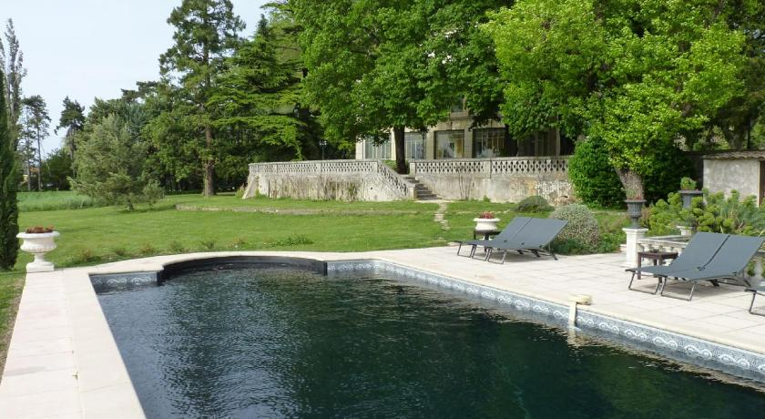 Schwimmbad Manoir Le Roure & Spa