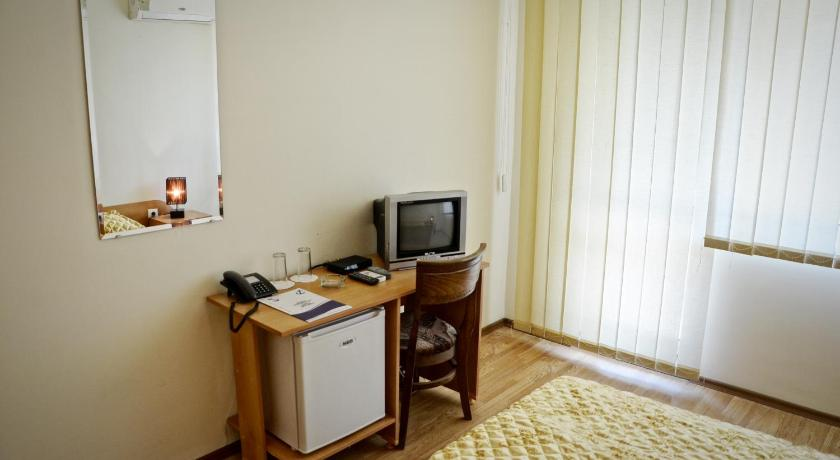 Comfort Double Room with Balcony and Sea View - Facilities Sea Wolf Hotel