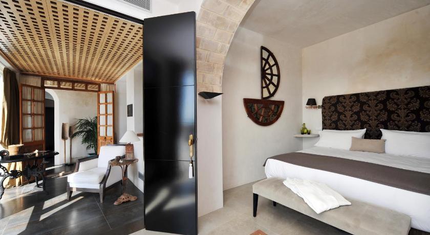 hoteles con encanto en cádiz  343
