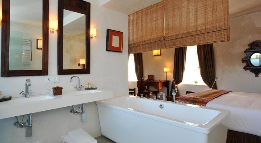 hoteles con encanto en cádiz  363