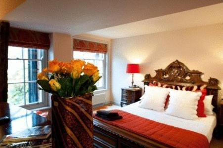 Drapers Hall Restaurant & Boutique Rooms St Marys Place Shrewsbury