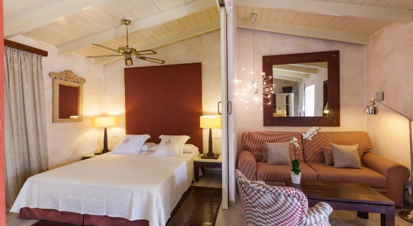 boutique hotels in sant miquel de balansat  83