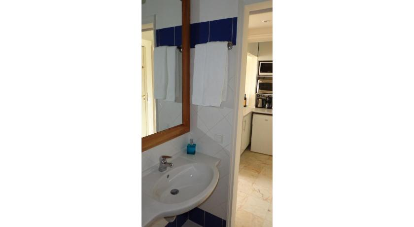 See all 24 photos Tamariz Beach Apartment