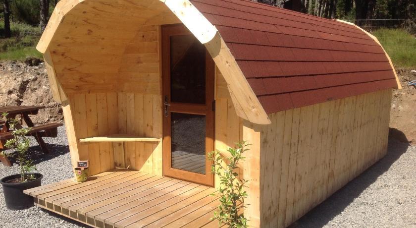 camping pod heaven inverness. Black Bedroom Furniture Sets. Home Design Ideas