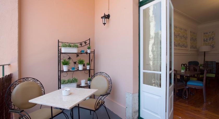 شرفة/ تراس Typical Lisbon Guest House