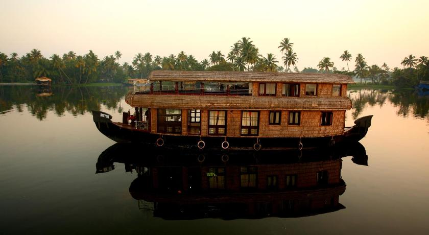 best price on ostrich houseboats in alleppey reviews