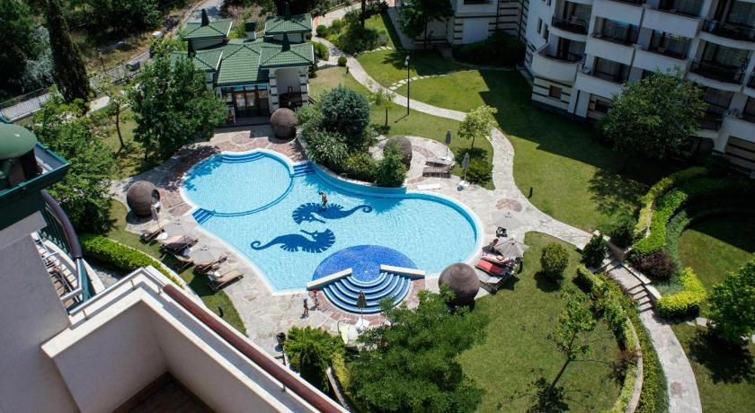 See all 28 photos Alexander Apartment in Emerald Resort
