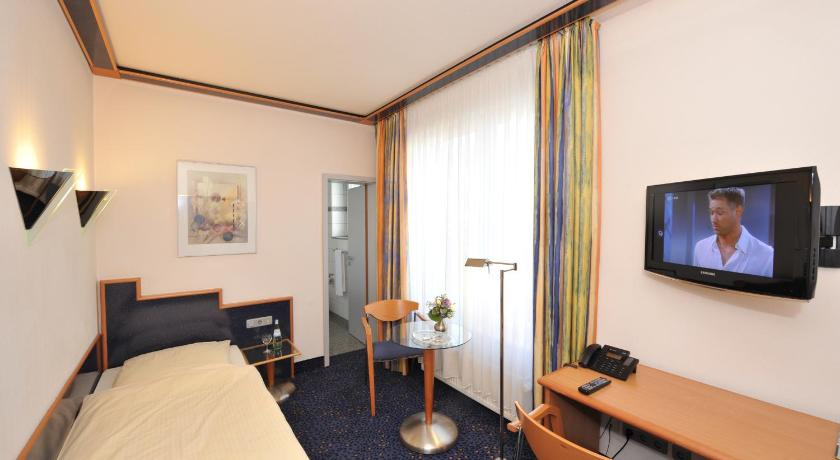 Single Room - Guestroom Insel Hotel