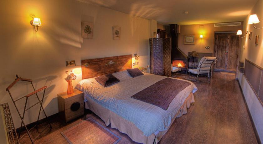hoteles con encanto en huesca  487