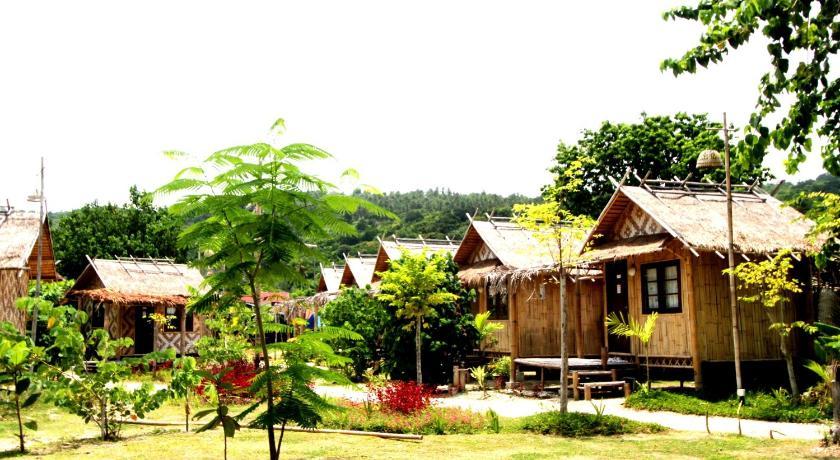 Charlie Hut Bungalow Thailand