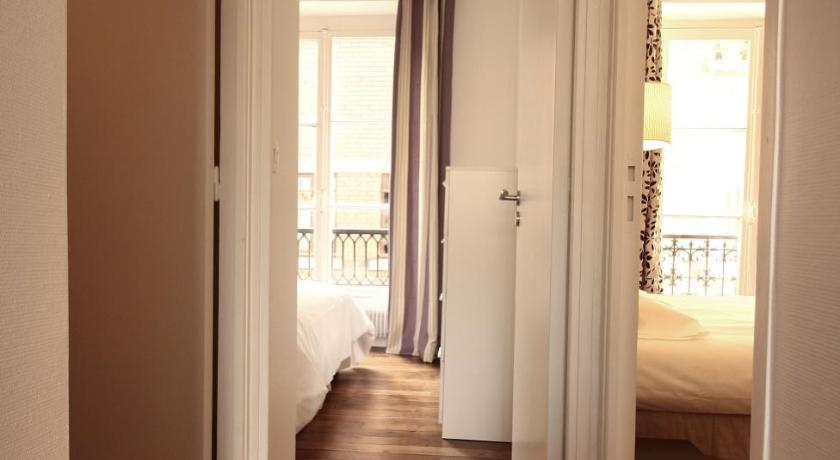 Two-Bedroom Apartment -217460- Rue de l'Etoile Parisian Home - Appartements Champs Elysées - Monceau 17th