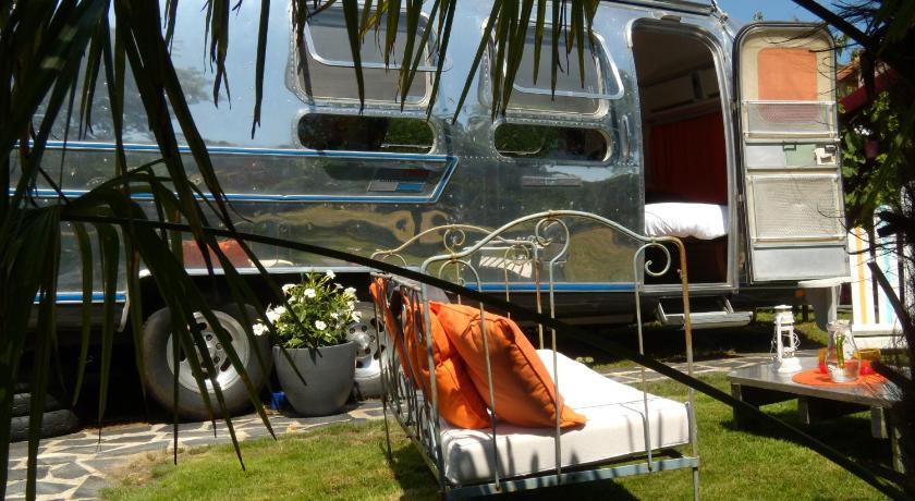 caravane airstream am ricaine 1976 les sorini res. Black Bedroom Furniture Sets. Home Design Ideas