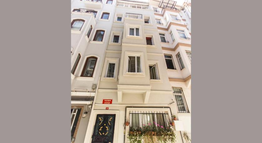 More about Taksim Yildirim Apartments