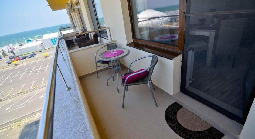 Lux Tropical Garden Apartment Mamaia Nord