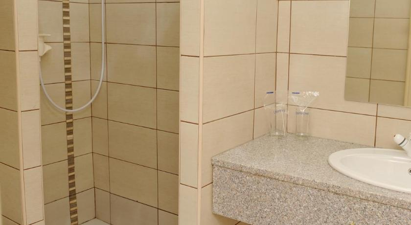 Single Room - Bathroom Hotel Centar Balasevic