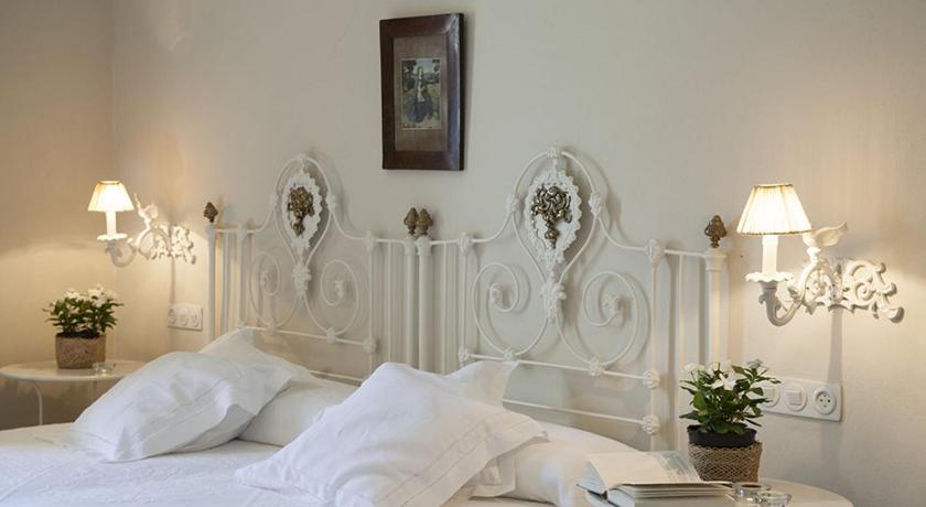 hoteles con encanto en cádiz  16