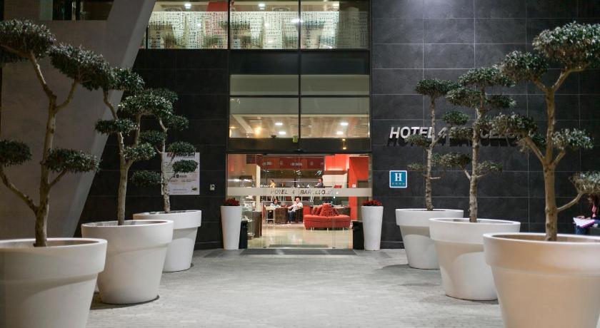 Hotel 4 Barcelona - Barcelona