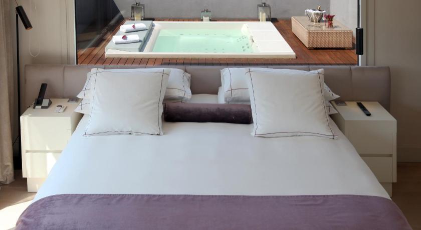 hoteles con jacuzzi en Barcelona  Imagen 7