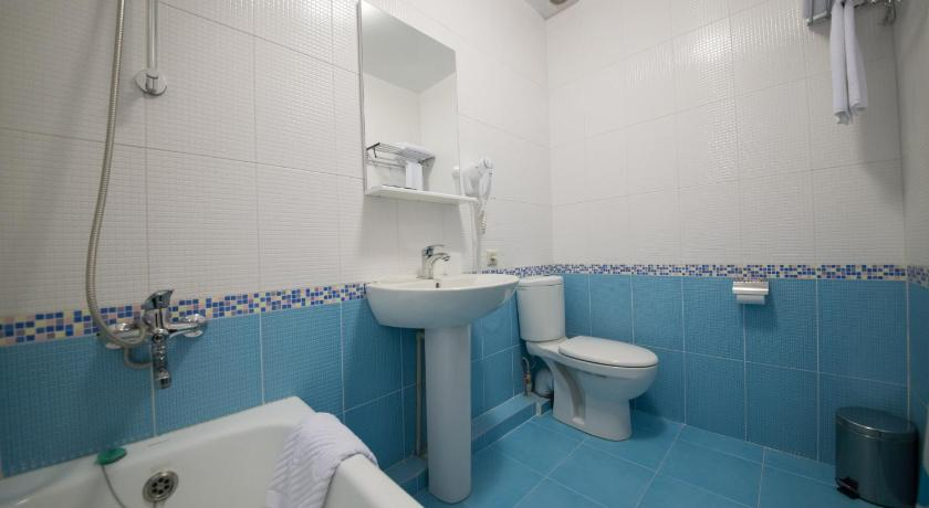 Standard Single Room - Bathroom Avrora Hotel