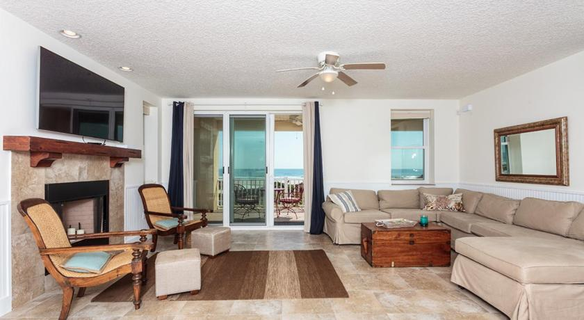 Gloria Beach House by Vacation Rental Pros