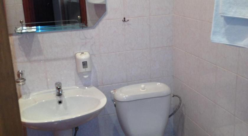 Budget Double Room - Bathroom Edem Hotel