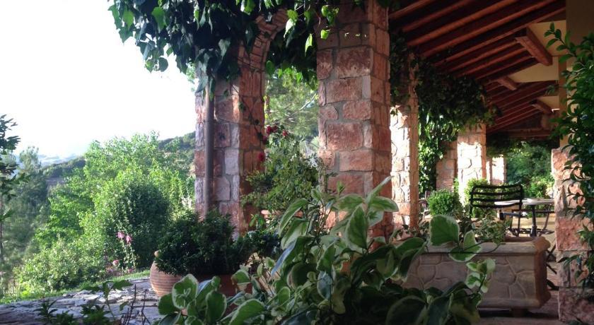 Aphrodite's Inn Kalavrita Kalávryta