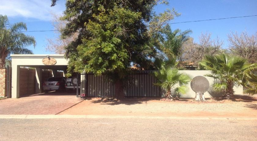Upington Apartment