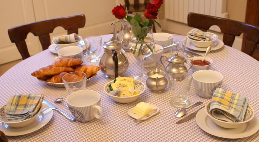 la cour des carmes | book online | bed & breakfast europe - Cours De Cuisine Arras