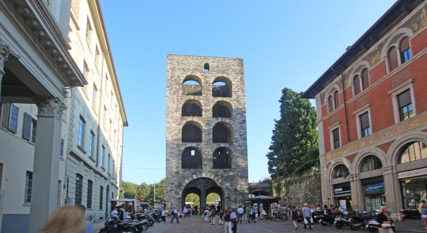 Bildergebnis für porta torre como