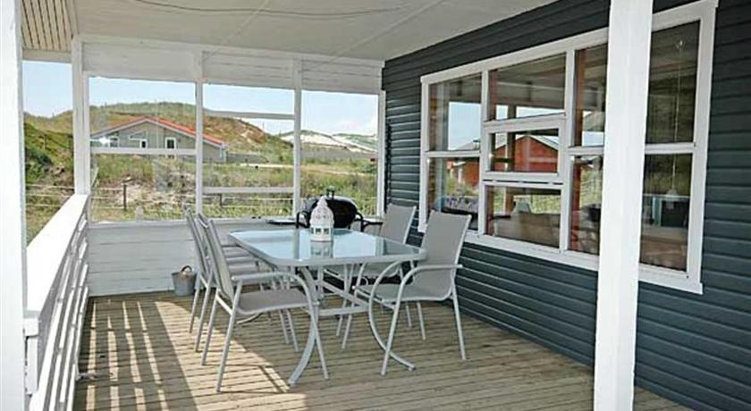 Three-Bedroom Holiday Home Holiday home Bjerregårdsvej E- 481