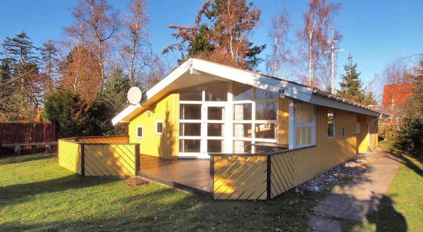 Holiday home Bogfinkevej D- 600