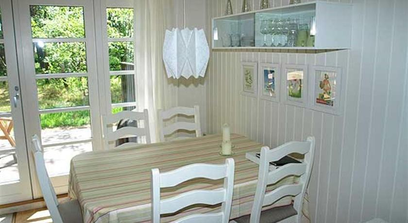 Holiday home Dueodde E- 873