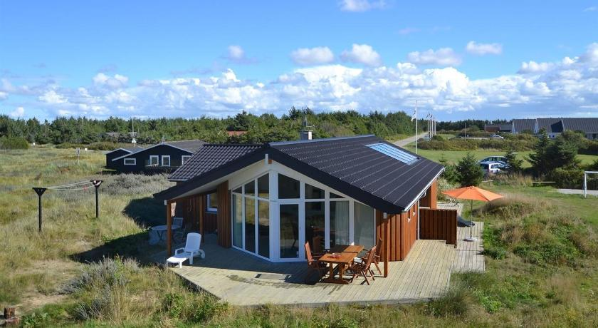 Holiday home Redningsvejen G- 3675