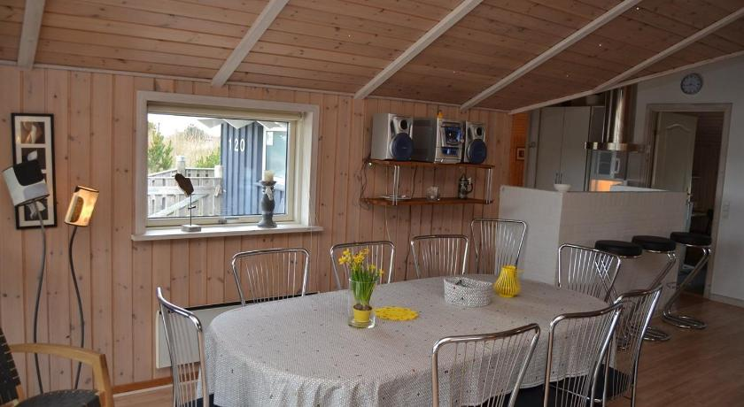 Holiday home Ringvejen H- 3740