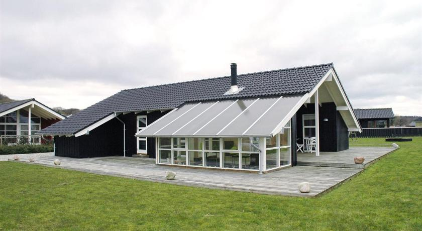Holiday home Rugmarken C- 3855