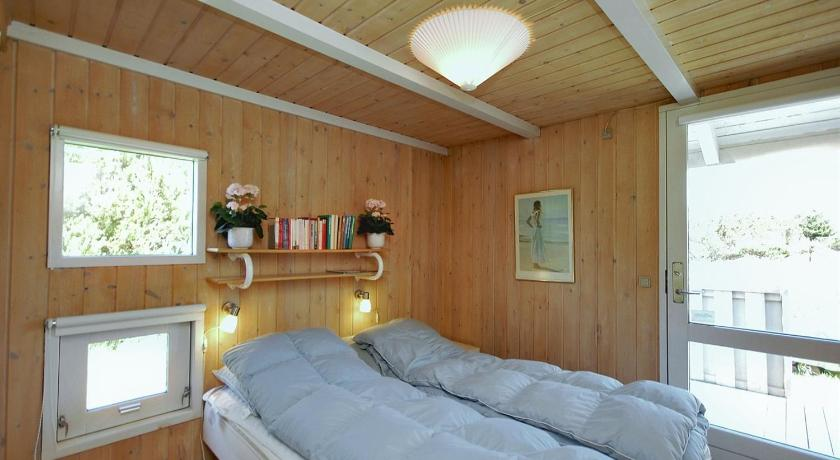 Holiday home Skytten H- 4164