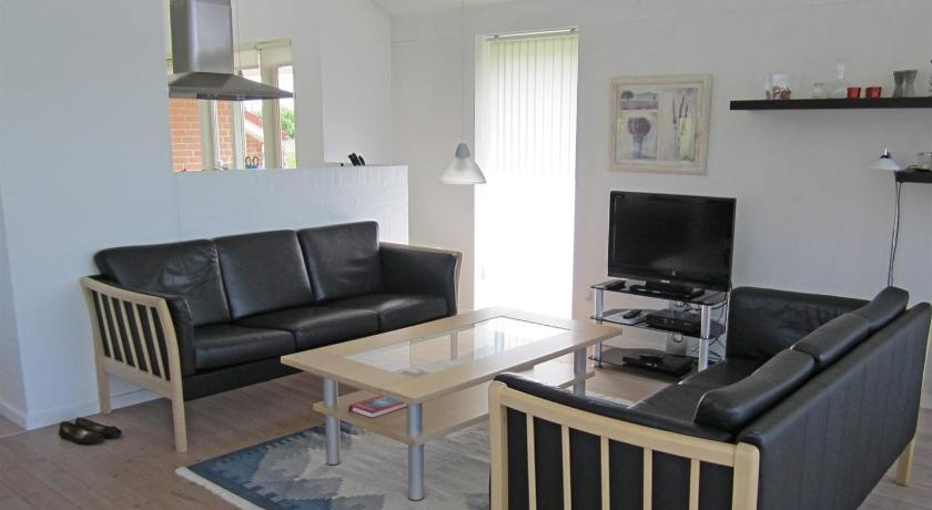 Two-Bedroom Holiday Home Holiday home Strandparken A- 4581