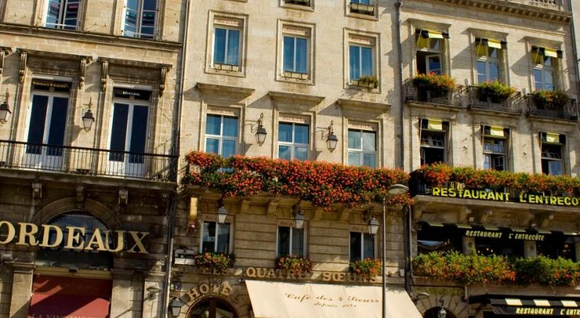 bordeaux hotel des 4 soeurs in france europe. Black Bedroom Furniture Sets. Home Design Ideas