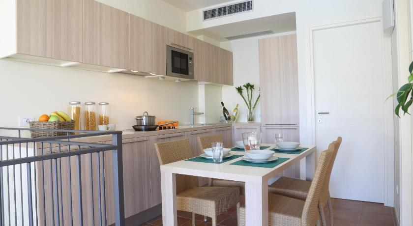 Two-Bedroom Apartment Plus Appartamenti Corte Leonardo