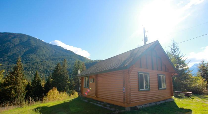 More about Mt. Revelstoke Alpine Chalets