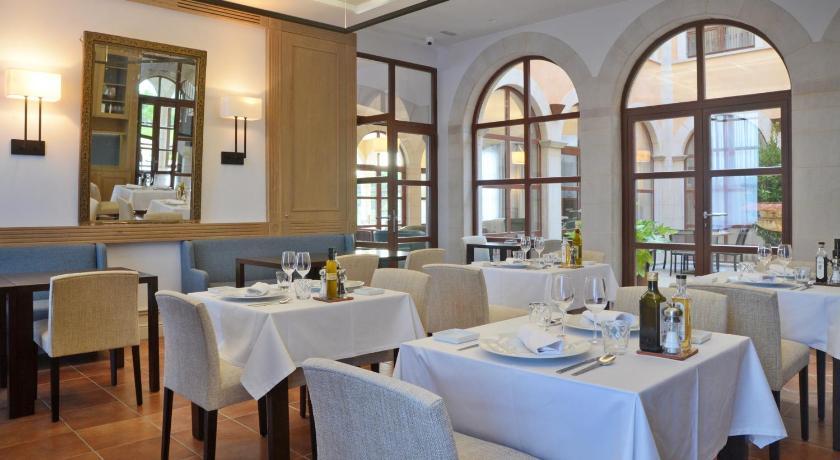 Hotel Casa Anamaria 90