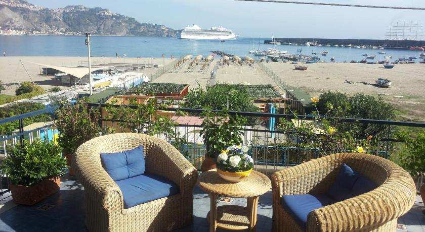 Best Price on Terrazza sul Mare in Giardini Naxos + Reviews!